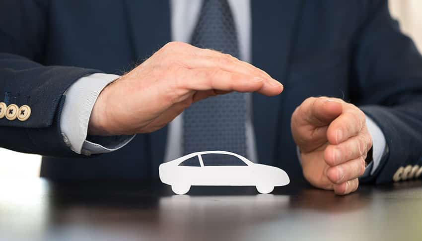 סעיף הגנה משפטית בביטוח הרכב