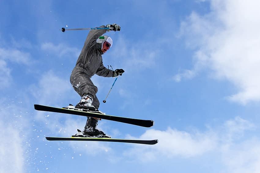 איש קופץ בסקי