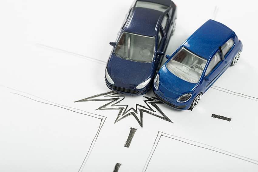 במקרה תאונה חשוב לתעד לביטוח הרכב